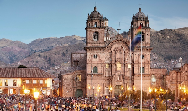 Main Square and the Church of the Society of Jesus in Cusco, Peru, Pie Experiences