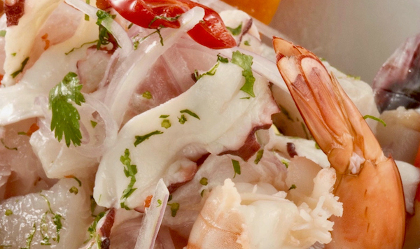 Peruvian seafood ceviche in a excellent restaurant in Lima, Pie Experiences